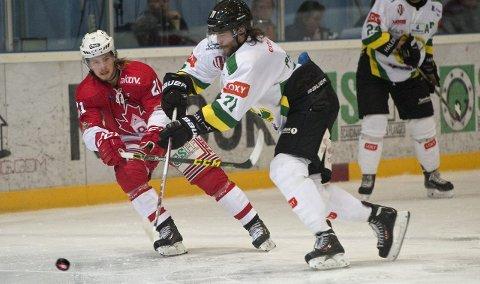 Martin Lund (t.v.) og Bergen Hockey avgjorde ikke før i 3. periode mot Comet, i en kamp som de burde «drept» lenge før. –Men vi har tapt slike kamper tidligere i høst, så dette var et vendepunkt for oss, sier trener Pål Erik Glomsaas.