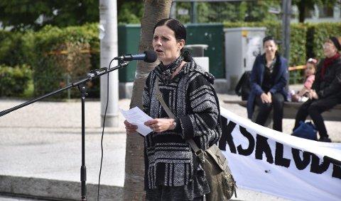 Annette Svae, leder i Foreningen for human narkotikapolitikk Hordaland, tror beboerne i Bjørnsons gate 4 har en veldig liten sjanse for å klare å komme seg vekk fra rusmiljøet.