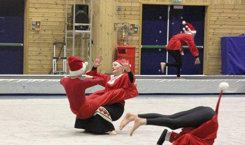Gneist turn holdt i helgen sin tradisjonelle julefremvisning. Turngruppen har de siste årene vokst så kraftig at de ikke lenger klarer å få med alt på bare én fremvisning.