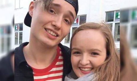 Den finske popsangeren Isac Elliot sammen med Johanna Sæle Instebø (17).