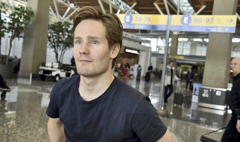 Sverre Lunde Pedersen dropepr Polen-tur i helgen, formen er ikke god nok. – Jeg skal sitte hjemme i sofaen og heie på de andre. Jeg håper de klarer å revansjere åpningshelgen, sier han til BA.