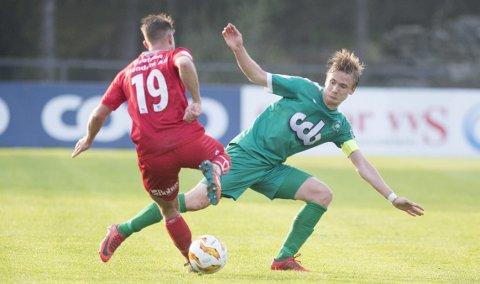 – Det er tre matchavgjørende situasjoner der vi føler at dommeren er mot oss, sier Nest-kaptein Bjarte Haugsdal etter tap 1-2 i Sandefjord.