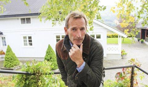 VURDERER ANKE: Herman Henrik Bay på Hervig gård vurderer å anke avslaget i hovedutvalget. Han mener kommunens politikere har misforstått hva slags drift de har på gården. ARKIVFOTO: Eli Bondlid