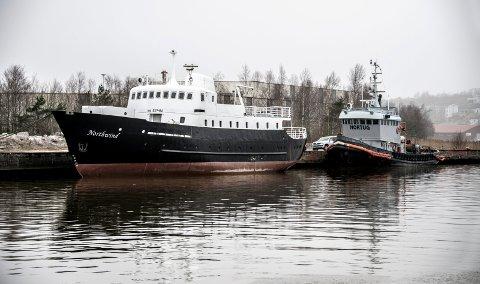 Båtene Northwind og Nordtug ligger til kai på Kråkerøy i påvente av salg