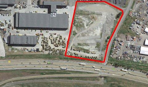 FORVANDLES: På området innenfor den røde markeringen skal det blant annet bygges kontorlokaler, lager og verksted- og serviceanlegg.