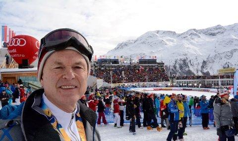 Kvitfjell-general Svein Mundal sier World Cup-arrangøren er nærmest avhengig av dugnadsinnsatsen fra Ringebu folkehøgskole. Derfor er han alvorlig bekymret hvis fylkeskommunen stanser det økonomiske tilskuddet til skolen.