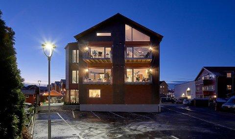 SNART UTSOLGT: Salget av leilighetene i Kiellands gate 2 fikk fart på seg da Stavlund AS overtok prosjektet. Nå gjenstår to av ti leiligheter. – Dette er boliger for folk som liker å bo sentralt, sier Gunnar Olai Stavlund.