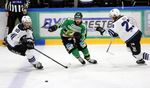 SEIER : Det ble seier for Comet og Alexander Høvik søndag ettermiddag.