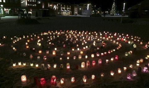 Lysmarkering: Flere hundre lys.Foto: Siv-Kristin Ryeng
