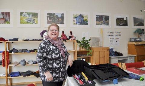 ANDRE GANG: Leder Grete Alise Nilima Monsen og Alta kvenforening arrangerte mandag kvendagen for andre gang. Foto: Oddgeir Isaksen