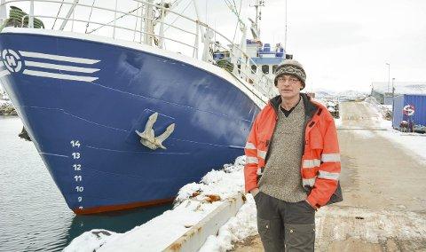 USIKKER PÅ NYE TOKT: Bjørne Kvernmo sa i 2016 etter fangsturen i Vestisen at det ble den siste på grunn av økonomien. I fjor fikk Kvernmo to millioner i subsidier til å drive selfangst. Dermed så ting lysere ut for både skipperen og hans ansatte. Fiskeriminister Sandberg bevilger samme sum i år. Men nå er det mangelen på is, som kan spenne bein for skipperen.