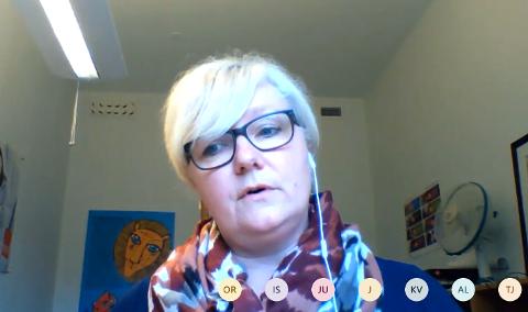 Leder for barnevernet Ytre Helgeland,  Elisabeth Ludvigsen Johansen, orienterte om fredag formannskapet via Skype, om at bekymmringmeldingen har hatt en radikal økning etter at samfunnet har blitt åpnet mer opp,