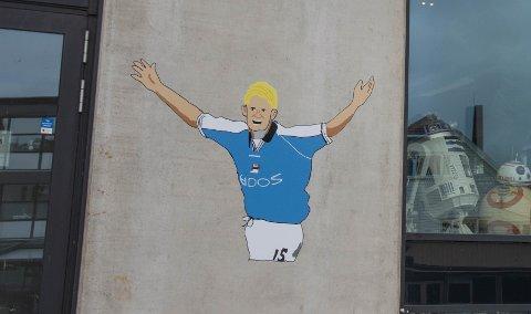 GATEKUNST: Alfie Haaland er malt på en vegg i Bryne sentrum, men det er foreløpig ukjent hvem som står bak byens ferskeste gatekunst.