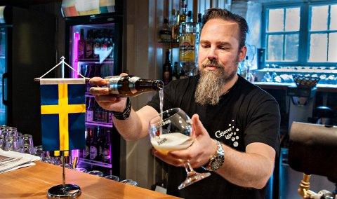 KLAR FOR NY FESTIVAL: Mikael (Micke) Rydell  har programmet klart for den sjuende ølfestivalen.
