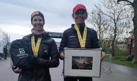 VANT: Sidsel Mohn (t.v.) og Sidsel Johnsen Skatøy vant det 166 kilometer lange ultraløpet fra Hengsrød i Revetal til Verdens Ende. FOTO: PRIVAT
