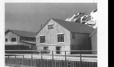 PUB: I dette nedlagte fiskebruket er Skrova Brygge under bygging.