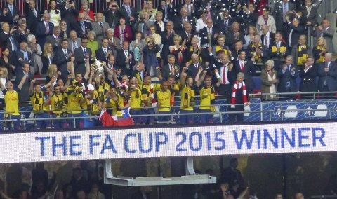 Vinnere: Arsenal gjentok bedriften fra 2014 og ble FA Cup-vinner også i 2015. Hvem vinner årets utgave av Tippemesterskapet?Foto: Kristian ROthli