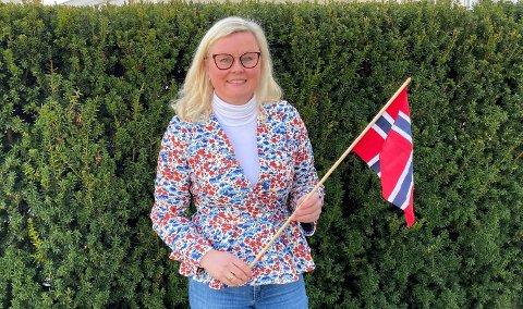 LOKAL: Pia Farstad von Hall bor på Bekkelagshøgda, er leder for Nordstrand Høyre. Hun er også bystyrerepresentant og leder av Oslos 17. mai-komité. Normalt har hun feiret 17. mai med barnetog i byen eller på Bekkelaget skole med familien. I år blir det en litt annen feiring av nasjonaldagen for oss alle.