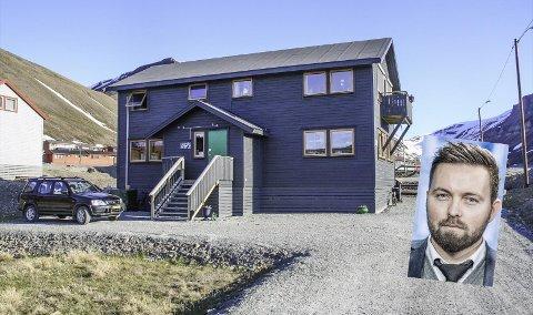 NÆRINGSEIENDOM: Dette bygget gikk for tre millioner over takst i Longyearbyen (Innfelt Einar Nyland-Storhaug)