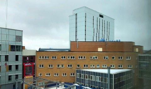 VARMT: Det har vært hett på UNN i Breivika i det siste. Foto: Eskil Mehren
