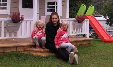 ENDELIG: Med vedtaket til Lyngen kommune kan tobarnsmor Sigrid-Helene Bakkeli starte grunnarbeidet på hustomten sin denne uka.