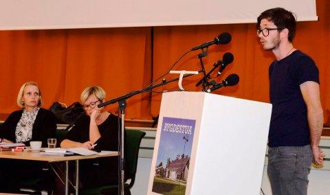 Sigurd Dyste argumenterte for kommunalt driftstilskudd til montessoribarnehage i Lund, men måtte til slutt gi tapt med 19 mot 10 stemmer.