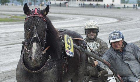 Voje Eld tok sin tredje seier i sesongen sammen med Eirik Høitomt og Glen Kramer Stenberg er fornøyd trener.