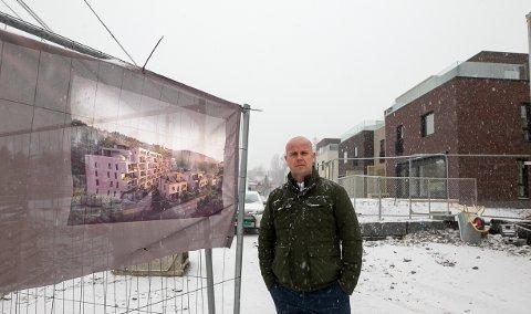 FORNØYD: Tom André Svenning Gultvedt i Solon Eiendom er veldig fornøyd med sluttresultatet i Storbukta-prosjektet.