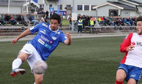 LAGET TRE: Andreas Håbakk laget tre mål for Flisa mot Ready. Men Flisa sprakk og fikk bare uavgjort.