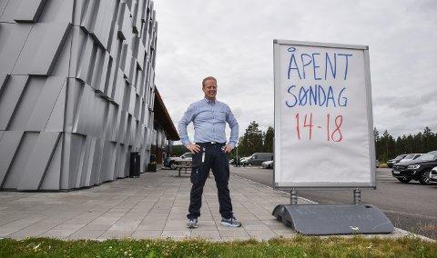 REMA-KJØPMANN: Niclas Ransted-Jøranli er klar til søndaghandel under Elverumsdagene.