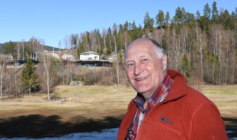 Fra Oslo til Moelv: Stein Haga har bodd i Oslo hele livet. I januar ble han modøl. Han og kona bor i det mørke huset til høyre i bildet.