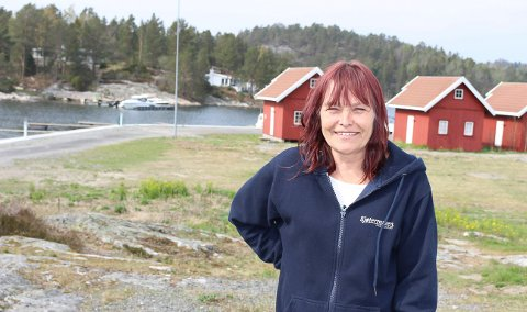 RØDLANDET: Inger Ann Hafsund og brødrene lager plan.