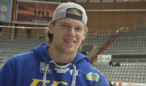 Livet smiler: Brumunddølen Håkon Engh er nybakt seriemester. I tillegg venter landslagsdebuten for unggutten.Foto: Petter Sand