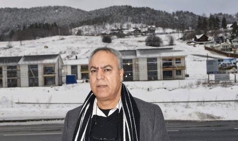 Bijan Gharahkhani, leder av Buskerud innvanderråd mener tre områder er viktig for å få ned kriminaliteten blant innvandrere: Norsk- og samfunnsfagopplæring, samt å være i arbeid.