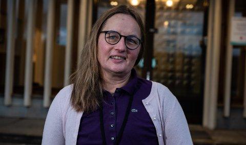 FORSIKTIG OPTIMIST: Kommuneoverlege i Ringerike, Karin Møller, fastslår at det er en smittenedgang i Ringerike. – Og så fortsetter vi å holde pusten, sier hun.
