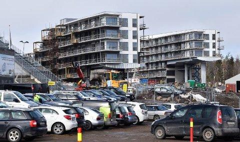 FORNYER AVTALE: Oslofjord Convention Center skal fremdeles ta imot pårørende dersom det skjer store katastrofer. Samtidig som de fornyet avtalen, ble også Sandefjord kommune med på samarbeidet.