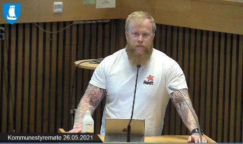 Håvard Krogstad-Wiborg fra Rødt dro i gang en debatt om skolestruktur - en debatt han mener må tas.