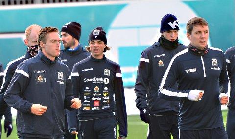 Sander Lille-Løvø (i midten) lånes ut fra KBK til Brattvåg.