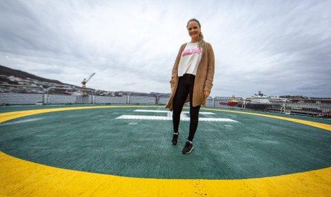20-åringen frå Knarvik, Oda Linnea Iden, er med det splitter nye forskingsfartøyet «Kronprins Haakon»: – Det er eit stort privilegium.