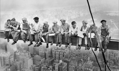 Bildet fra Manhatten i 1932 er et av verdens mest kjente bilder. Er det et brødrepar fra Saltdal på bildet?
