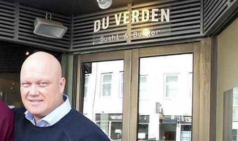 Alf Mangor Johannessen satser på Du Verden på Sortland. Her fra 2015 i Bodø, der konseptet ikke varte lenge.