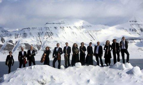 Ti år: I år er det ti år siden Nordnorsk Opera-og Symfoniorkester ble etablert, orkesteret som i dag feirer nye triumfer under navnet Arktisk Filharmoni. Foto: Yngve olsen Sæbbe