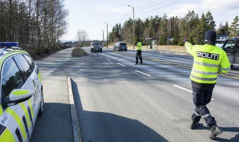 HARD KJØRING: I Knivedalen og på Verpsletta langs rv. 35 er det i fjor og så langt i år skrevet ut til sammen 411 forenklede forelegg og 20 førerkort er inndratt.