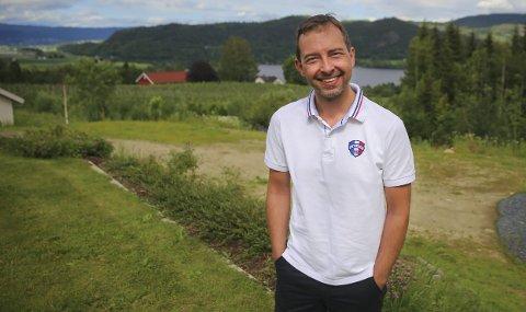 FANTASTISK: Leder for Øvre Eiker Sp, Kim Mogen Myhre, blir motivert og glad av de gode tallene i meningsmålingen.