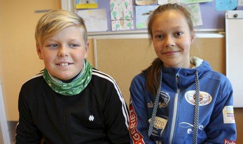 Tor Gjelsvik Ulriksen (12) og Emma Trettevik Ringstad (12) er opptekne av korleis verda kjem til å sjå ut med Donald Trump som ny president.