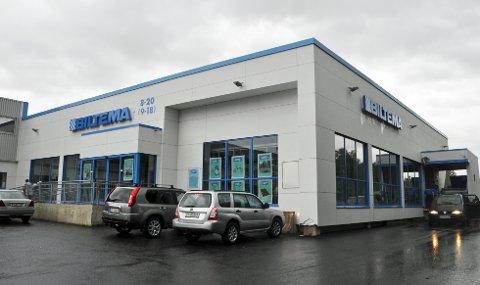 NYE ARBEIDSPLASSER: Når den nye Biltema-butikken står klar i Mosjøen blir den fem ganger større enn dagens butikk, og får behov for 25 nye arbeidere.