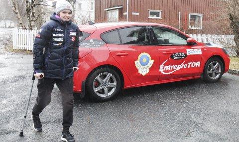 TATT UT PÅ HOPPLANDSLAGET: Eirin Maria Kvandal er i opptrening etter kneskaden i vinter. Hun er usikker på om hun kan hoppe til vinteren, men er tatt ut på landslaget som nå er felles med menn og kvinner. Foto: Per Vikan