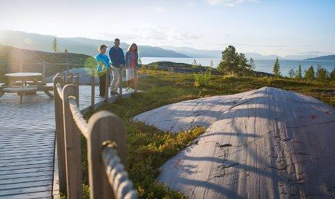 Verdensarvsenter for bergkunst i Alta er blant museene som er rammet av koronakrisen.
