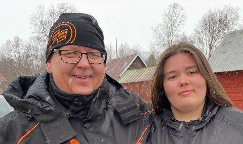 GJENFORENT: Pappa Arvi Länsman og Nora Länsman fikk møte hverandre igjen.