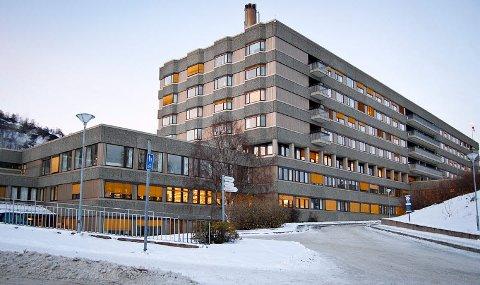 KREVENDE: 70 ansatte ved UNN Harstad er i karantene.